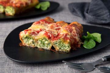 Traditional Italian Cannelloni